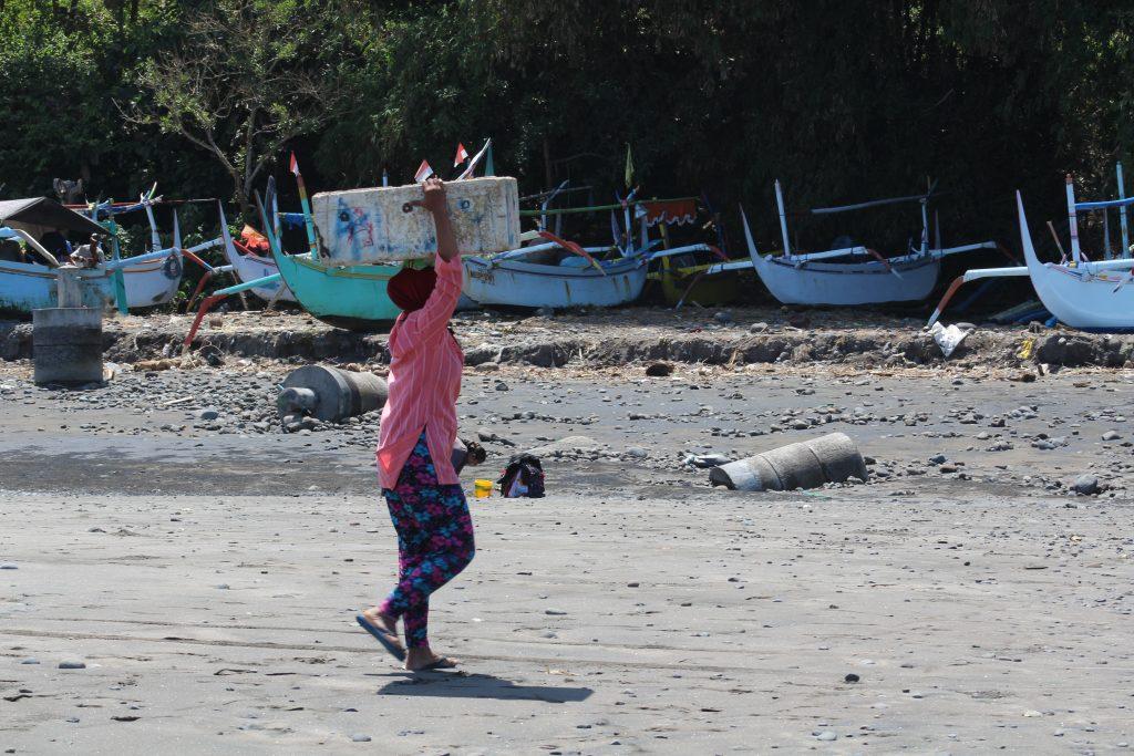 Local woman on Medwei beach