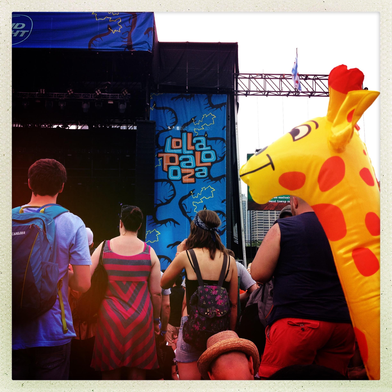 Giraffle at Lolla