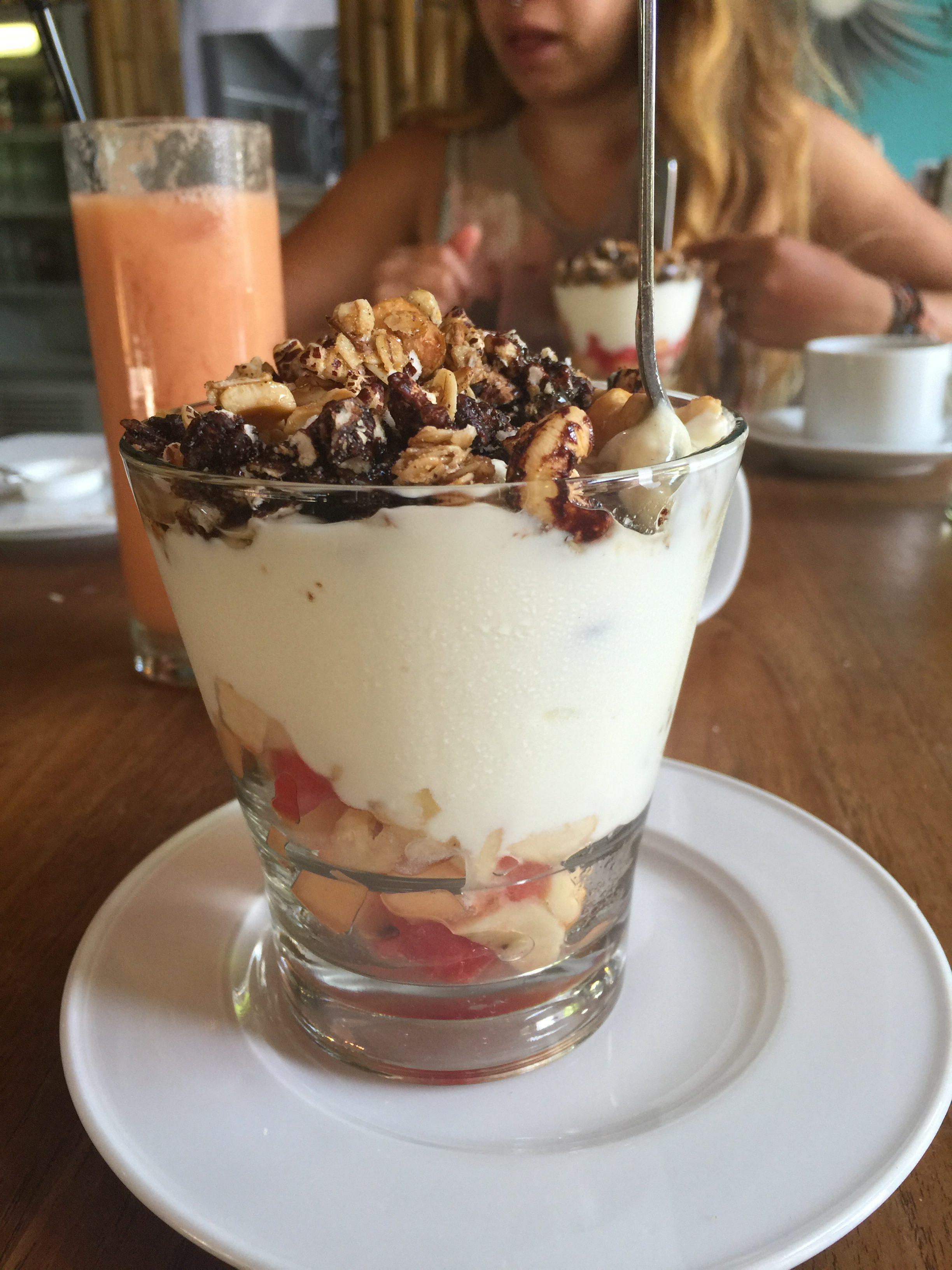 Granola & Fruit breakfast