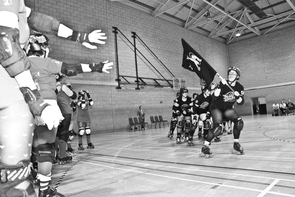 Team Black skate out